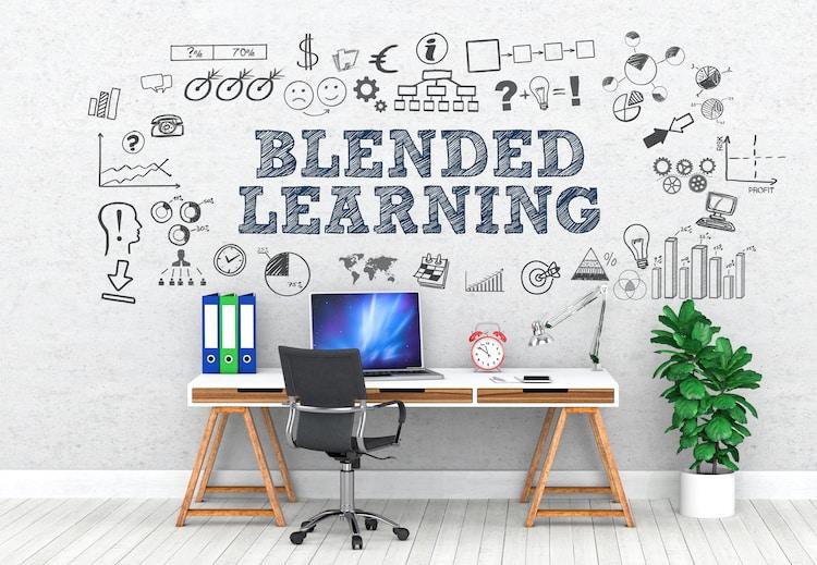 Blended Learning Präsenz und online kombinieren